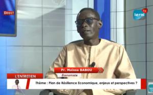 """Maïssa Babou, économiste: """" Il y a une manque de vision de la politique socio-économique et éducative...Certains dirigeants africains sont des fous heureux """""""
