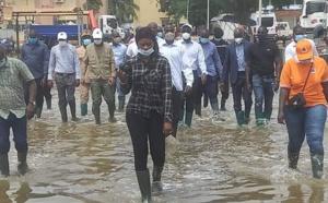 VIDEO / En visite dans les zones inondées de la banlieue: Aly Ngouille Ndiaye promet des solutions d'urgence