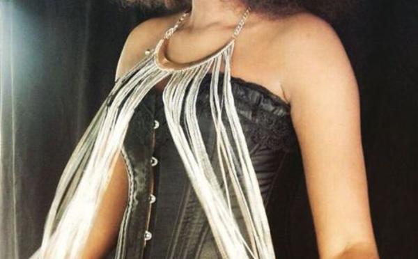 Adiouza splendide avec sa coupe Afro, la fille d'Ouza Diallo est NAPPY