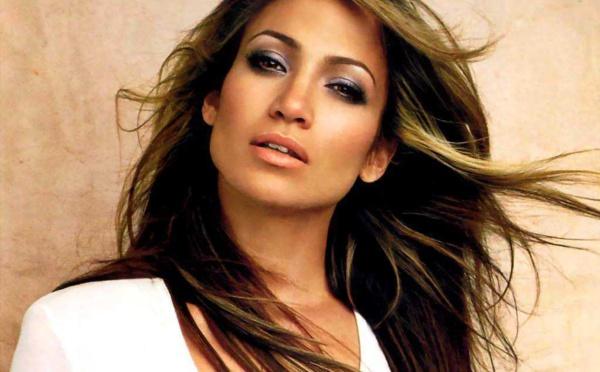 44 PHOTOS : Jennifer Lopez, 47 ans et toujours aussi envoûtante