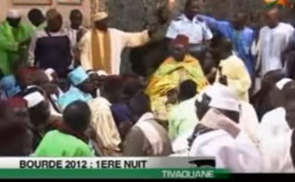Vidéo-Bourde 1ère nuit avec Feu Serigne Mansour Sy Gamou 2012