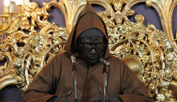"""Vidéo : Serigne Cheikh Ahmed Tidiane Sy """"Al Maktoum"""", extrait Maouloud 6 juin 1998"""