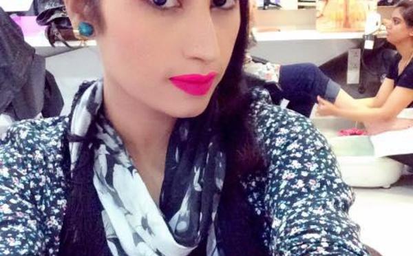 """La Kim Kardashian pakistanaise tuée par son frère, """"pour l'honneur"""" de sa famille"""