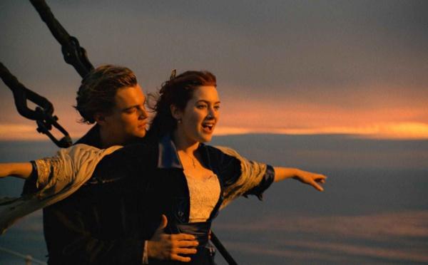 """Insolite: 12 Photos de la réplique du """"Titanic"""" qui appareillera en 2018"""