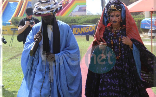Regardez les belles créations d'Oumou Sy, son talent s'étend au maquillage, au décor et la scénographie