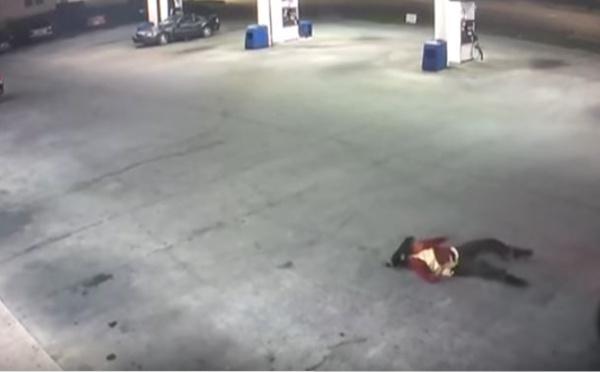 Vidéo : en plein enlèvement, elle s'échappe d'un coffre de voiture