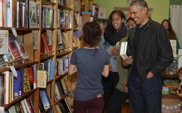 """Barack Obama: """"Grâce à la littérature, j'ai pu imaginer ce qui se passait dans la vie des gens"""""""