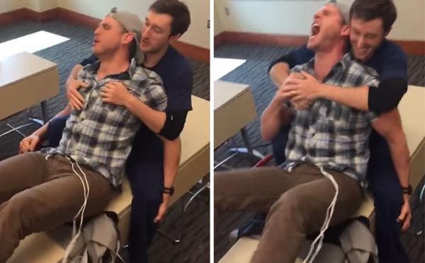 Quand un homme teste un simulateur d'accouchement... et le regrette!
