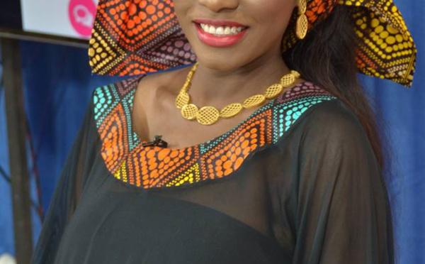 """6 photos : Bijou Ndiaye, Fama Thioune, Mery Bèye, les """"bijoux"""" en or massif de Pape Cheikh Diallo"""