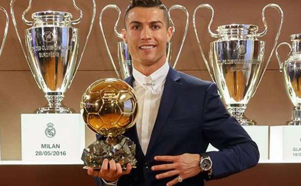 Roi d'Instagram, Cristiano Ronaldo personnalité la plus suivie (Vidéo)