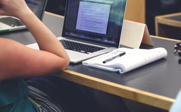 Ecrire avec un clavier empêche votre cerveau de fonctionner !