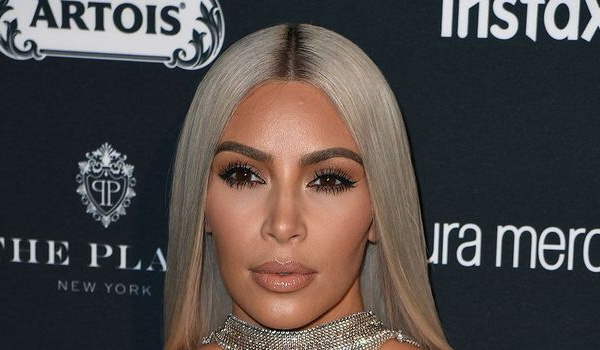 Saint-Valentin: Kim Kardashian fait la liste de ses ennemis et leur offre un cadeau