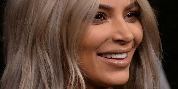 Kim Kardashian se dévoile toute nue sur Twitter (photo)