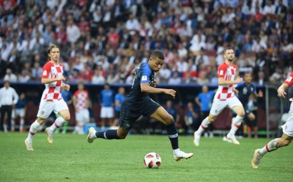 Kylian Mbappé élu meilleur jeune joueur de la Coupe du monde