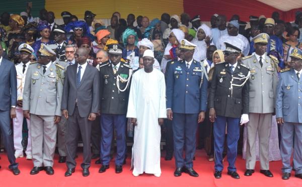 Photos : Installation de Cheikh Sène dans ses nouvelles fonctions de Haut Commandant de la Gendarmerie nationale et Directeur de la justice militaire