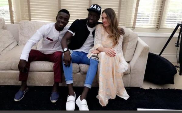 ( 03 Photos ) Cheikhou Kouyaté en toute complicité avec Idrissa Gana Gueye et son épouse