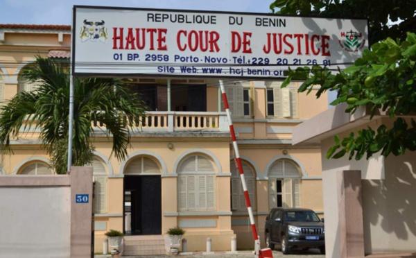 Insolite: le Bénin crée le délit de ''charlatanisme contre l'Etat''