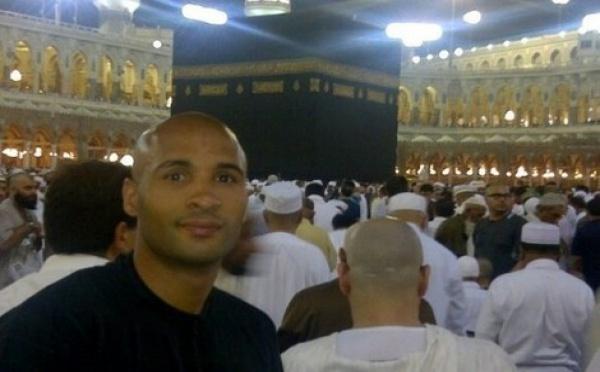 Photo : Le footballeur Diomansy Kamara à La Mecque