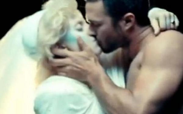 Lady Gaga veut emménager avec Taylor Kinney