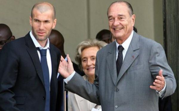 """Zidane """"triste"""" pour Chirac, """"Président de tous les sportifs"""""""