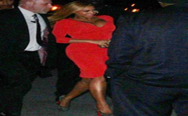 PHOTOS Beyoncé : première sortie en public depuis son accouchement