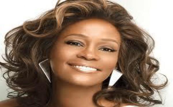 Les prix des albums de Whitney Houston augmentent de 60 %!