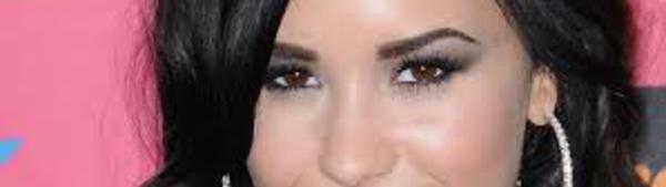 Demi Lovato a été victime de hacking. sur la toile. Des pirates ont pris le contrôle d'un de ses comptes sur les réseaux sociaux et ont publié ses photos dans les réseaux sociaux. Elle