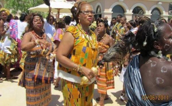 Photo: La mère de Drogba lors du mariage de son fils