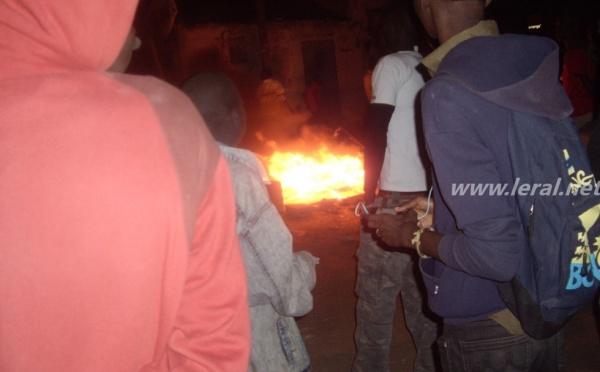 Exclusif ! Voici des images des émeutes de ce vendredi à Tivaoune