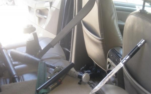 PHOTO : Voici les armes Blanches trouvées dans la voiture de Malick Noël SECK