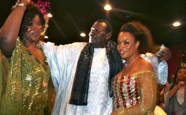 Photo : Cheikh Béthio Thioune et ses femmes