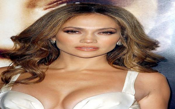 Jennifer Lopez prépare son comeback au cinéma !