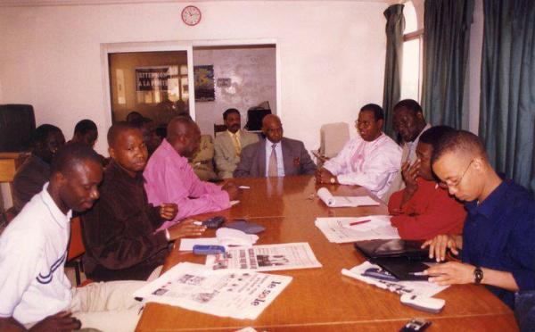 [Photo Inédite] Wade et Souleymane Jules Diop autour d'une même table