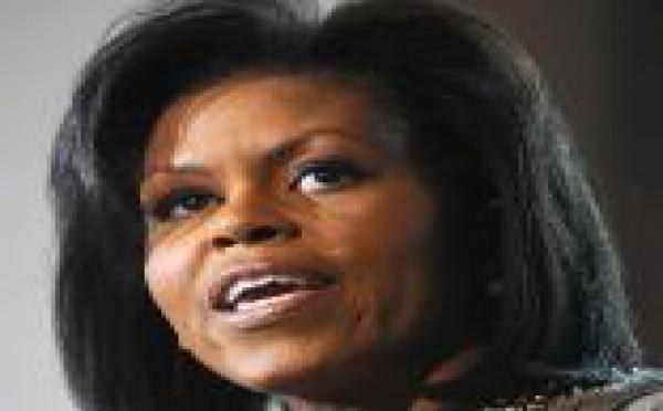 Michelle Obama évoque son père malade, entre rire et vive émotion...