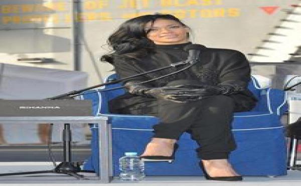 Rihanna : En total look Givenchy,