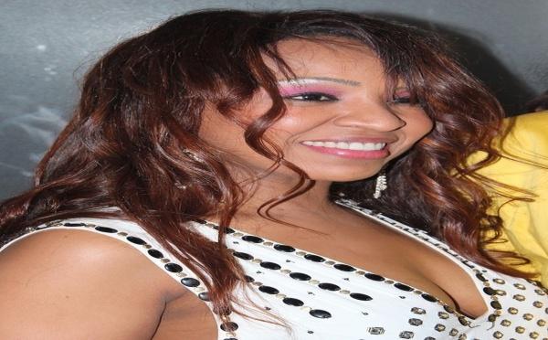 Le sourire radieux de Viviane Ndour