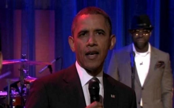 Barack Obama s'initie au slam (vidéo)