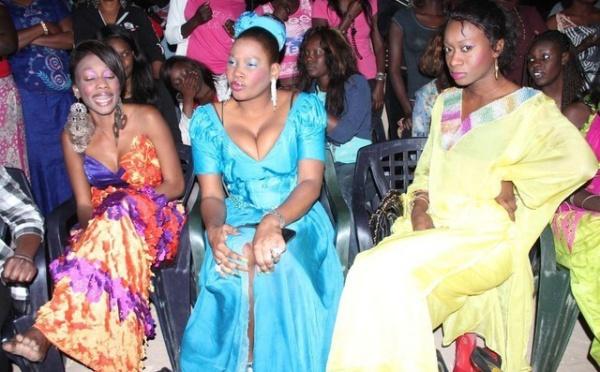 Amina Ndiaye et ses copines en mode sabar et Pathial