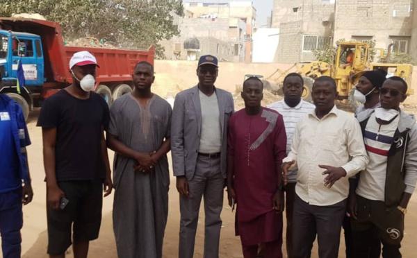 "Opération ""Cleaning Day"": Abdoulaye Ndour lance la grande offensive Yoff propre et met en place le prix coin propre (PHOTOS)"