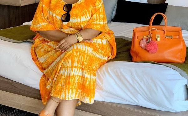 """PHOTOS - Eudoxie Yao dévoile ses atouts de femme africaine avec un """"Sagnsé"""" qui lui va à merveille"""