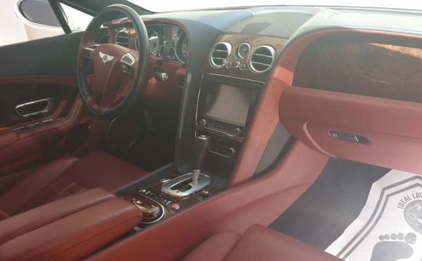 Lot de voitures de luxe à vendre à Dakar