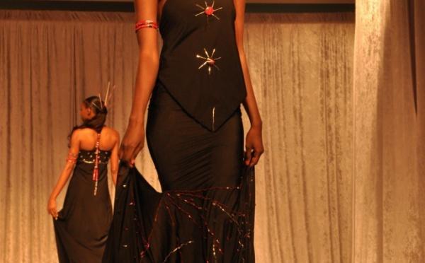 Lissa se signale avec sa très belle robe