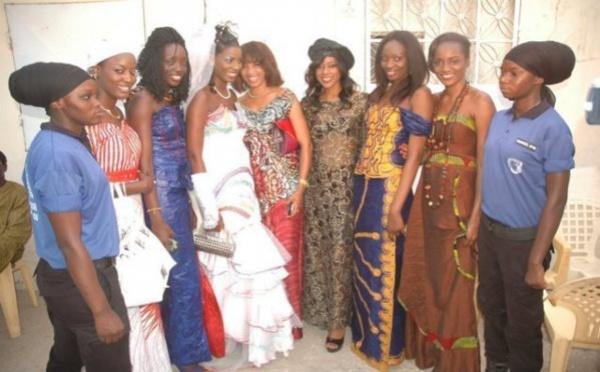 Photo : Sophia Thiam lors de son mariage avec ses copines