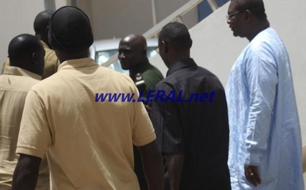 Les images exclusives de Ousmane Ngom au Tribunal