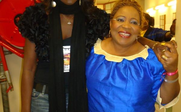 Coumba Gawlo en compagnie de Patience Dabanny, la mére du président Ali Bongo