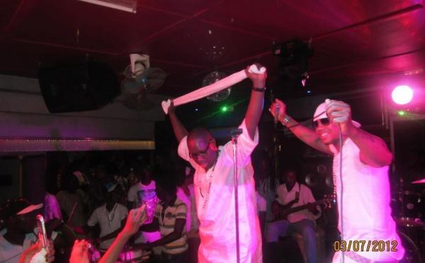 El Hadji Diouf enflamme le Nirvana