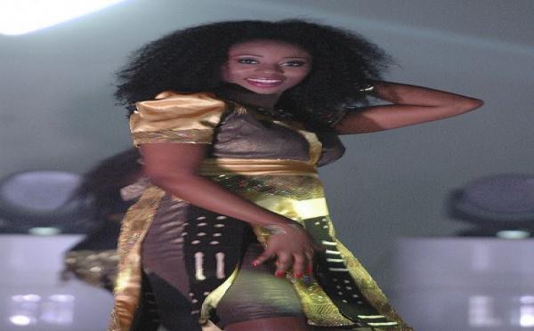 Les Photos de la charmante Adjouza sur le tournage de son dernier clip