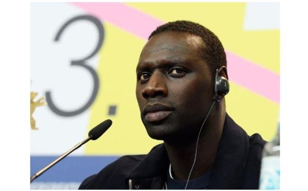 """""""Réveillons-nous"""": dans une tribune poignante, Omar Sy dénonce les violences policières"""