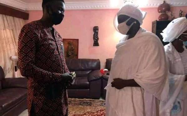 Le beau geste d'Ousmane Sonko envers son amie Aminata Touré (Photo)