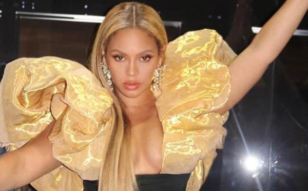 Beyoncé surpasse-t-elle la chanteuse Taylor Swift ?